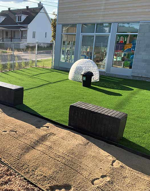 PerfectLawn-artificial-grass-synthetic-turf-canada-GTA-California-Los-Angeles-Backyard-polyurethane-Toronto-Winnipeg-pickup-cheap-grass-price-texas-utah-carolina-ontario