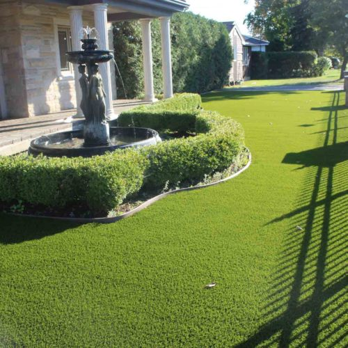 synthetic-grass-front-yard